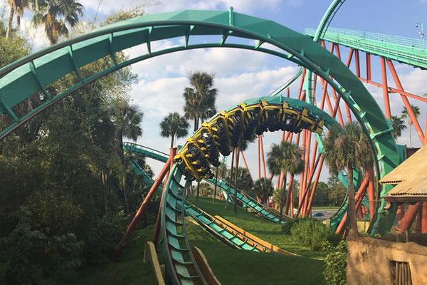 a montanha russa Kumba no Busch Gardens