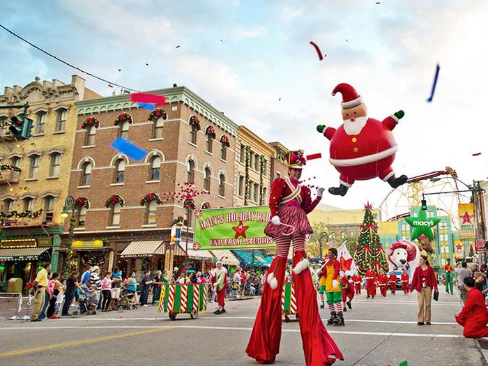 Macy's Holiday Parade passando pelo Universal Studios
