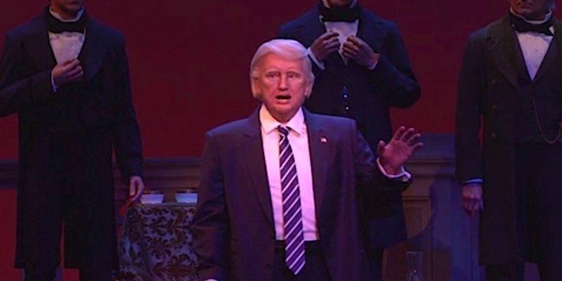 Disney Point Hall of Presidents Magic Kingdom Donald Trump