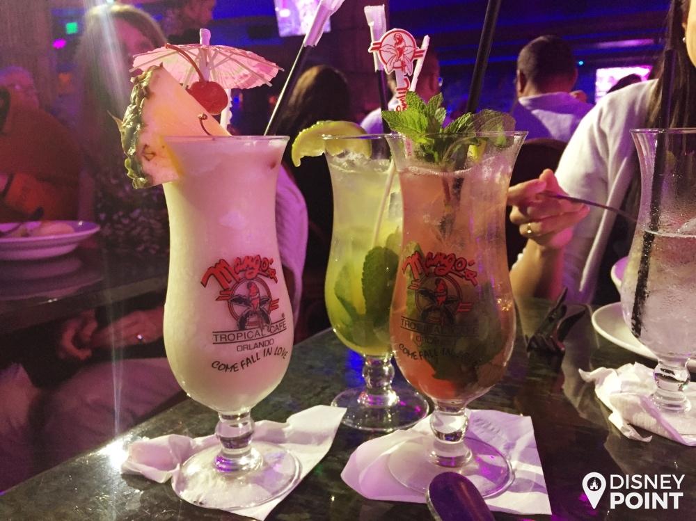 Alguns drinks especiais servidas no Mango's Tropical Cafe