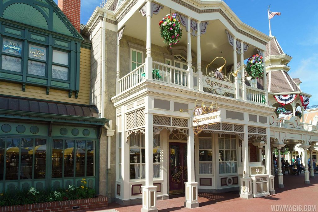 Disney Point The Plaza Restaurant Magic Kingdom Entrada