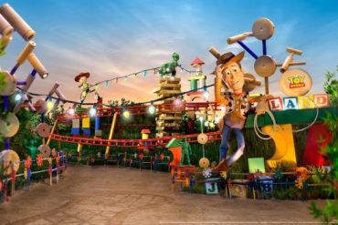 Disney Point Hollywood Studios Toy Story Land