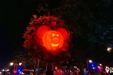 Disney Point Mickey's Not So Scary Halloween Party MNSSHP Disney Abobora-min