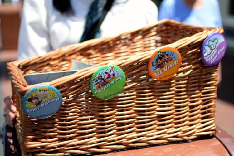 Disney Point Buttons Grátis Aniversario Primeira Visita Lua de Mel Distribuição Cesta